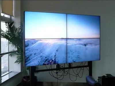 无缝拼接屏和小间距LED显示屏有什么不同之处
